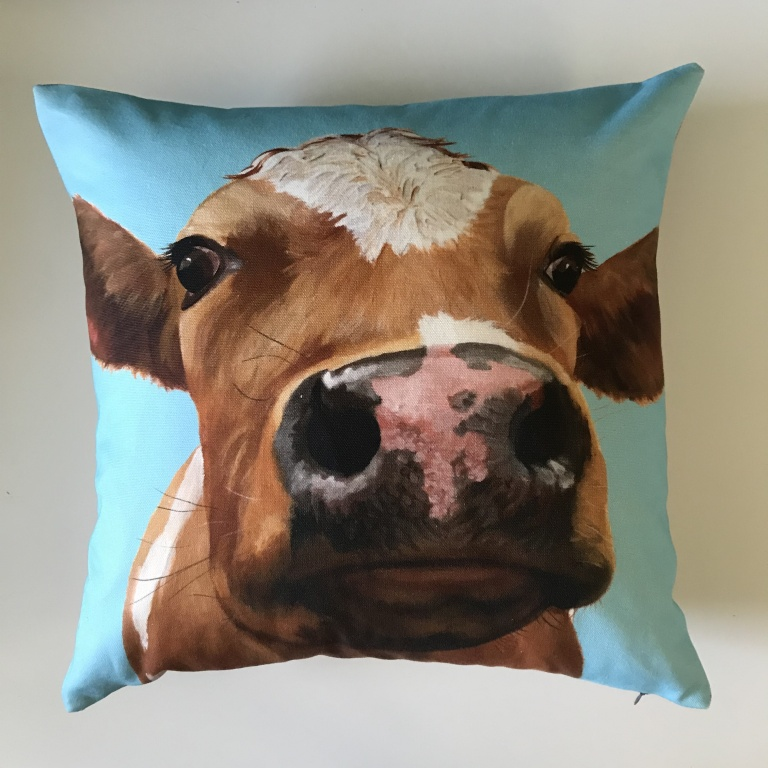 Cow_Cushion